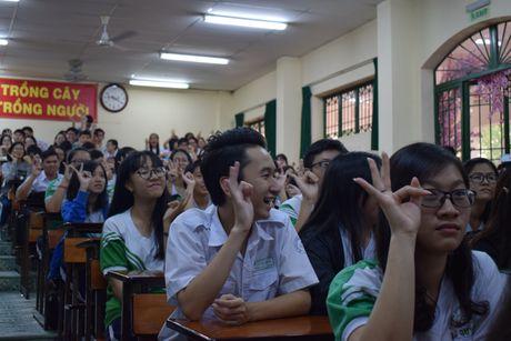Buoi hoc GDCD 3 tieng khong mot hoc tro ngu gat - Anh 4