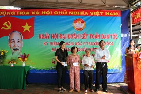 Ap Trung Viet to chuc Ngay hoi Dai doan ket - Anh 1