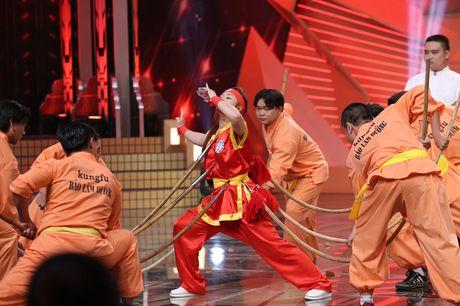 Ngo Kien Huy dinh chinh van di hat khi Truong Giang mia mai - Anh 13