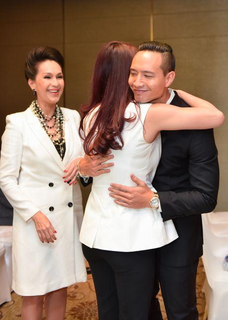 Truong Ngoc Anh den hop bao mung sinh nhat ban trai Kim Ly - Anh 2