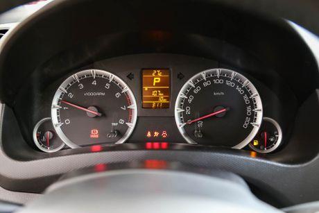 Chi tiet Suzuki Swift dac biet gia 609 trieu tai Viet Nam - Anh 15