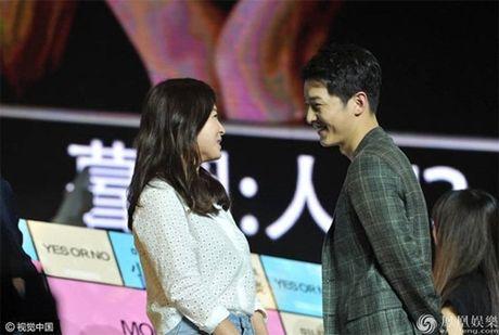 Fan ban loan vi Song Joong Ki tinh tu nam tay Song Hye Kyo - Anh 8