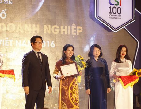 Dekalb Viet Nam lot Top 100 doanh nghiep phat trien ben vung 2016 - Anh 2