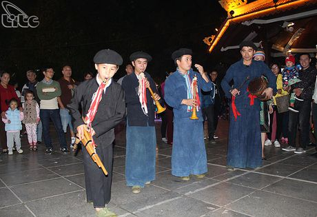 Khai mac Khong gian van hoa dan toc Mong Ha Giang tai Ha Noi - Anh 9