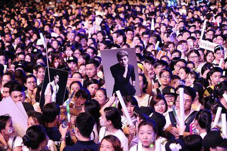 Noo Phuoc Thinh hat lien 3 tieng, live concert thu hut 2 trieu luot xem - Anh 5
