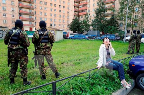 Nga bat 10 nghi can am muu tan cong Moskva va St. Petersburg - Anh 1