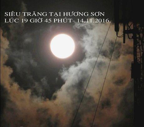 Dan mang hao huc chia se anh sieu Mat Trang o Viet Nam - Anh 4