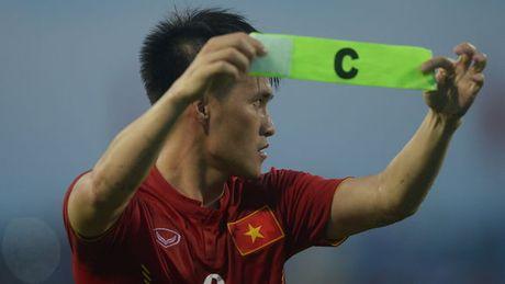 10 chan sut hay nhat cap DTQG: Cong Vinh sanh vai cung Ronaldo, Messi - Anh 3