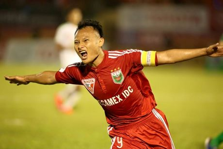 Trong Hoang gia nhap FLC Thanh Hoa truoc them AFF Cup 2016 - Anh 1