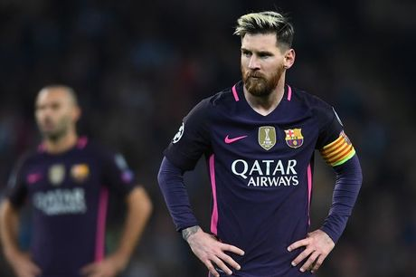 Barca cong bo thoi diem dam phan gia han hop dong voi Messi - Anh 1