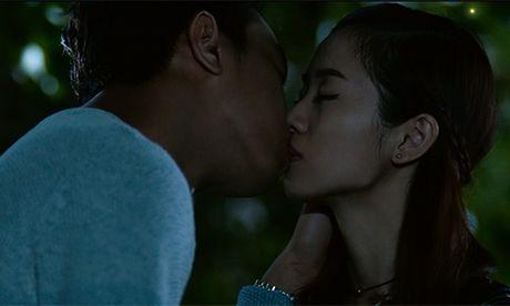 Xuc dong voi trailer phim moi cua Quang Minh - Hong Dao - Anh 2