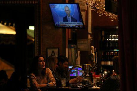 Hoat dong ben trong toa Thap Trump o New York - Anh 16