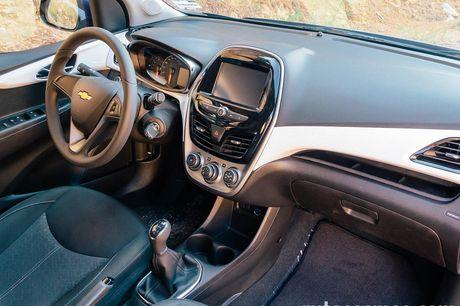 Chevrolet Spark Activ 2017 'chot gia' 391 trieu dong - Anh 6
