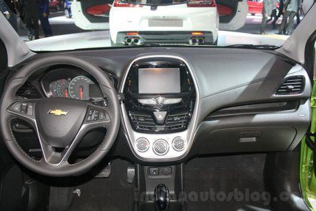 Chevrolet Spark Activ 2017 'chot gia' 391 trieu dong - Anh 7