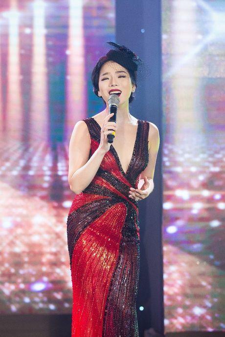 Hong Nhung, Le Quyen do sac Thuy Van, Dan Le voi vay ao goi cam - Anh 16