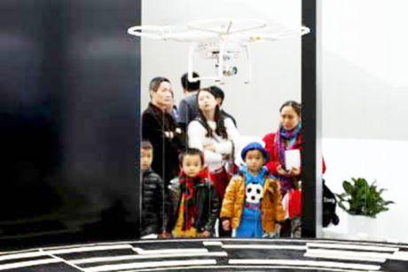 Trung Quoc su dung UAV phuc vu nong nghiep - Anh 1