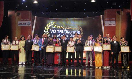 Ton vinh 20 giao vien nhan giai thuong Vo Truong Toan nam 2016 - Anh 1