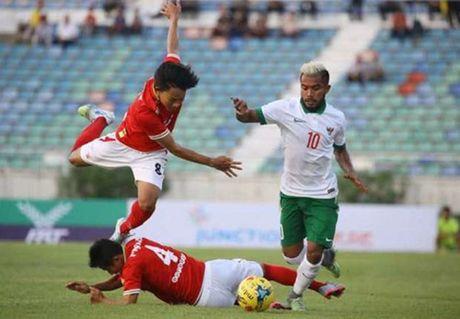 Chu nha vong bang AFF Cup 2016 thua dam truoc gio dau tuyen Viet Nam - Anh 2