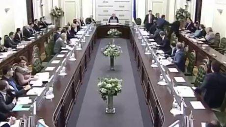 Nghi si Ukraine lai choang nhau du doi tai quoc hoi - Anh 5