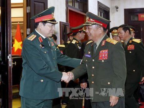 Hoi nghi hep Bo truong Quoc phong cac nuoc ASEAN tai Lao - Anh 1