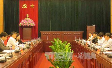 Kiem tra cong tac cai cach hanh chinh tai Son La - Anh 1