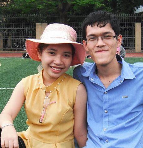 Chuyen tinh dep kho tin (22): Cam dong co gai vay tien 'tan trang' khuon mat cho ban trai - Anh 2