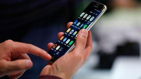 Galaxy S8 se la smartphone dau tien duoc trang bi man hinh cam ung luc - Anh 1