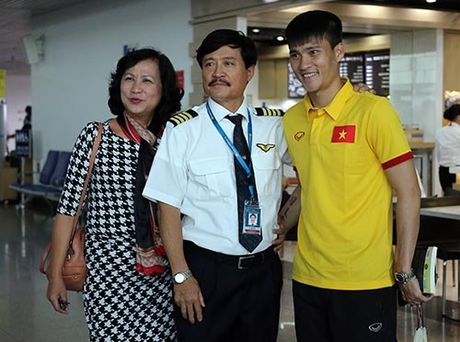 DT Viet Nam tuoi het co di chinh phuc AFF Cup - Anh 8