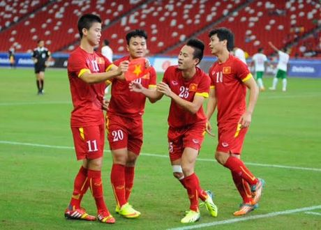 Vi sao Huy Hung va Huy Toan loi hen voi AFF Cup 2016 - Anh 1