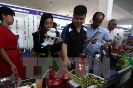 Sap dien ra hoi cho hang Viet Nam thanh pho Ha Noi nam 2016 - Anh 1