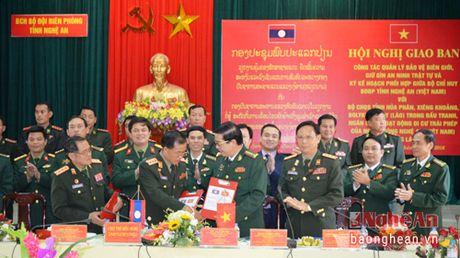 Giao ban cong tac bao ve, giu gin an ninh trat tu bien gioi Viet – Lao - Anh 2