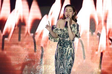 Giang Hong Ngoc xuc dong cam on Ho Ngoc Ha trong dem nhac rieng - Anh 2