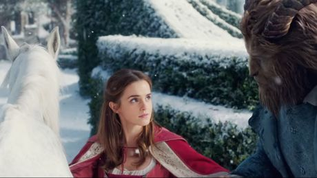 'Beauty and the Beast' tung trailer voi ky xao hoanh trang - Anh 2