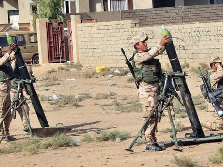 Mosul cang bi vay ham, bon IS cang hung han - Anh 1