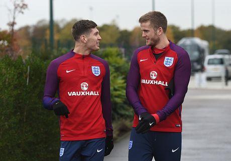 Rooney nghi tap truoc tran gap Tay Ban Nha - Anh 1