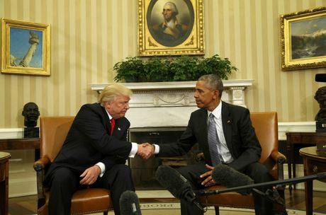 Ong Trump ngo ngang truoc danh sach cong viec cua tong thong - Anh 1