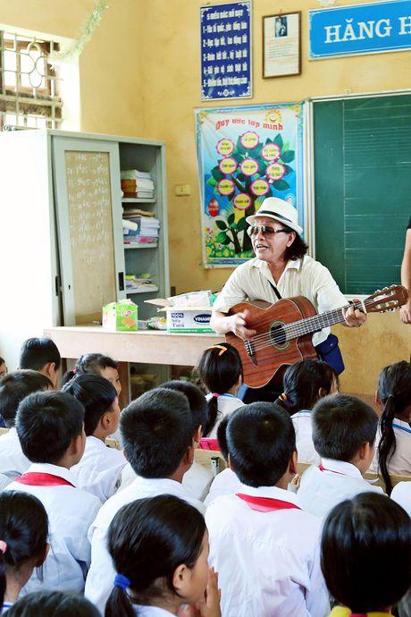 Viet Huong len vung cao lam tu thien sau live show 6 ty dong - Anh 8