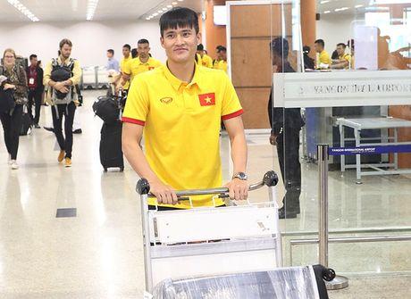 [Anh]: Tuyen Viet Nam lui buoi tap tren dat Myanmar - Anh 2