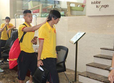 [Anh]: Tuyen Viet Nam lui buoi tap tren dat Myanmar - Anh 5