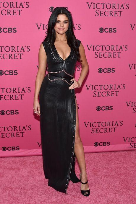Selena Gomez - 'Nang tho' trong chien dich quang cao Series 5 cua Louis Vuitton - Anh 10