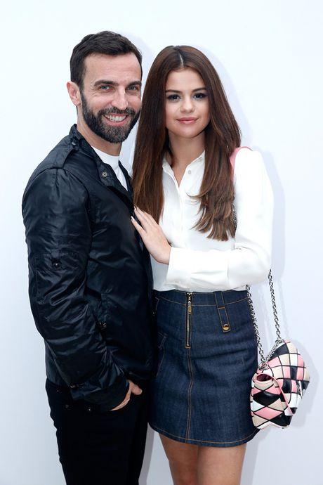 Selena Gomez - 'Nang tho' trong chien dich quang cao Series 5 cua Louis Vuitton - Anh 5