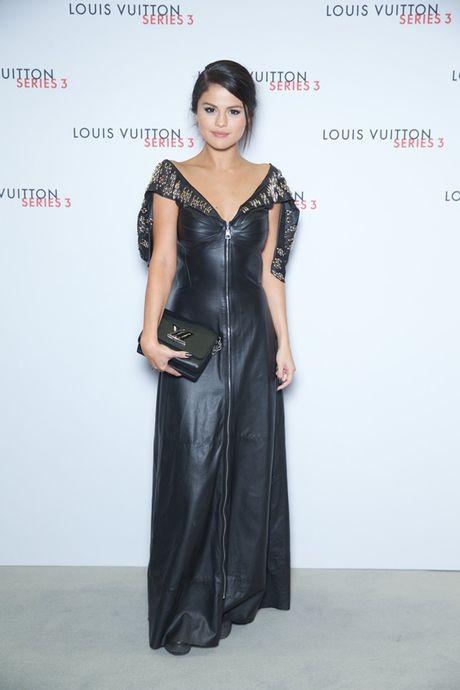 Selena Gomez - 'Nang tho' trong chien dich quang cao Series 5 cua Louis Vuitton - Anh 8