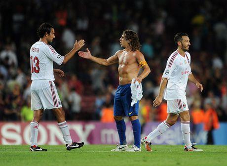 Doi hinh kho nhan nhat ma Carles Puyol tung doi dau vang bong Cristiano Ronaldo - Anh 4