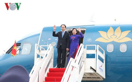 Chu tich nuoc va phu nhan len duong tham chinh thuc Cuba - Anh 1