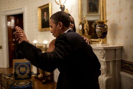 Tan chay voi nhung khoanh khac lang man cua vo chong Tong thong Obama - Anh 9