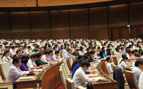 Toan canh Bo truong Cong Thuong Tran Tuan Anh tra loi chat van - Anh 3