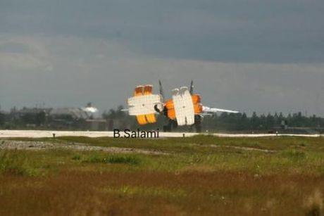 MiG-31 den Syria chuan bi cho tinh huong xau - Anh 1