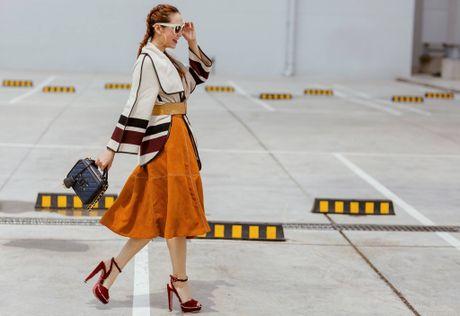 Minh Hang so huu tu do hieu dang cap nhu mot fashionista - Anh 13