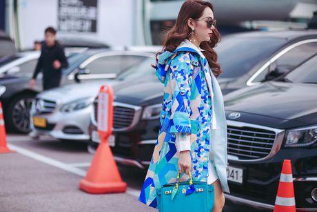 Minh Hang so huu tu do hieu dang cap nhu mot fashionista - Anh 5