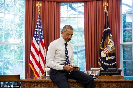 Ai quan ly Facebook cua ong Obama khi roi Nha Trang? - Anh 1